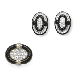 A SET OF ENAMEL AND DIAMOND JE