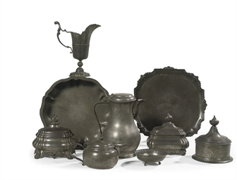A COLLECTION OF DUTCH PEWTER