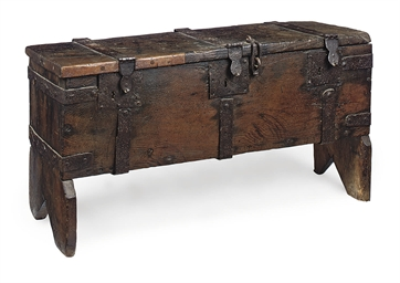 AN IRON-BOUND OAK PLANT CHEST