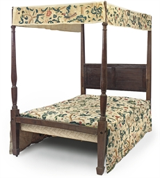 A GEORGE III OAK FOUR-POSTER B