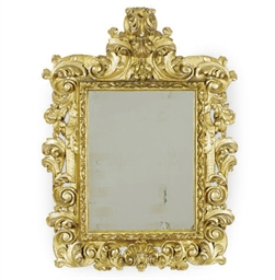 AN ITALIAN GILTWOOD WALL MIRRO