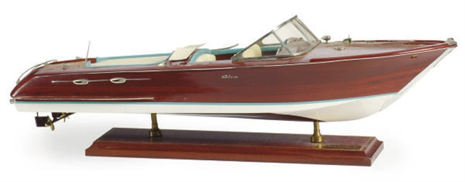 A MAHOGANY MODEL OF 'RIVA AQUA