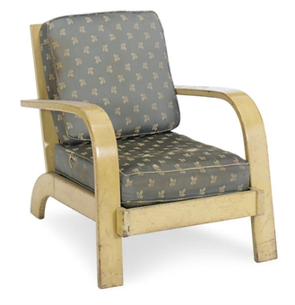 A MAPLE 'MODERN LIVING' LOUNGE CHAIR,