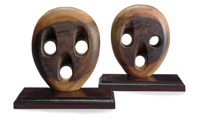 A pair of deadeye bookends