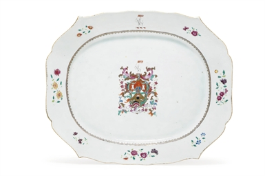 A VERY LARGE ARMORIAL PLATTER