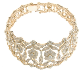 A DIAMOND AND GOLD CHOKER