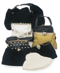 A GROUP OF EIGHT EVENING BAGS,