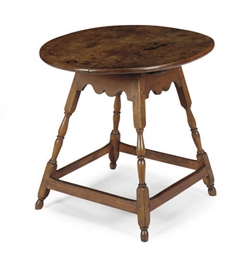 AN AMERICAN MAPLE TAVERN TABLE