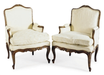 A PAIR OF LOUIS XV WALNUT UPHO