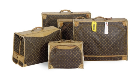 FIVE PIECES OF LOUIS VUITTON L