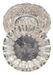 A CONTINENTAL SILVER OVAL DISH