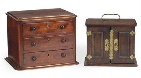 A MAHOGANY MINIATURE CHEST-OF-