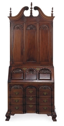 AN AMERICAN MAHOGANY DESK-AND-