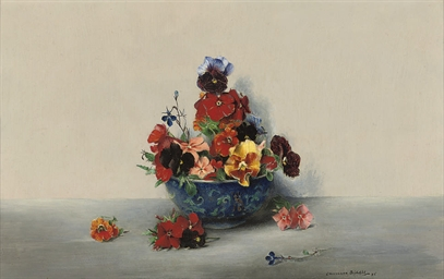 Pansies in a blue bowl