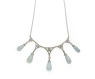 COLLIER BELLE EPOQUE AIGUES-MA