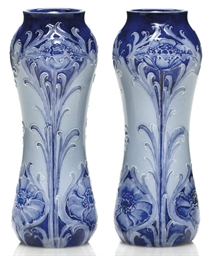 A PAIR OF WILLIAM MOORCROFT 'F
