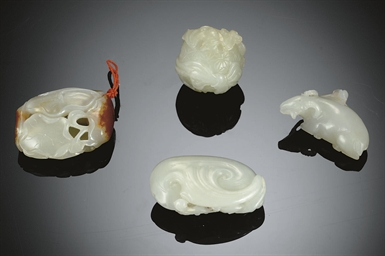 FOUR SMALL JADE CARVINGS