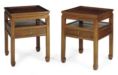 A PAIR OF CHINESE HUANGHUALI W