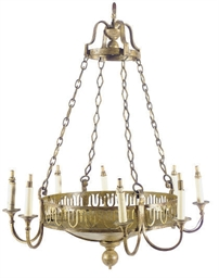 A GILT-METAL EIGHT-LIGHT CHAND