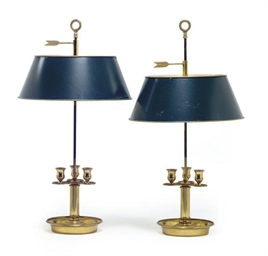 A PAIR OF GILT-METAL THREE-LIG