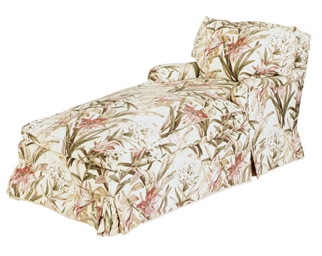 A FLORAL-UPHOLSTERED CHAISE-LO