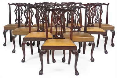 A GROUP OF TEN MAHOGANY DINING