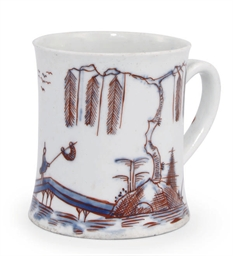 A WORCESTER SMALL MUG