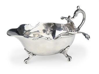A Dutch silver sauceboat
