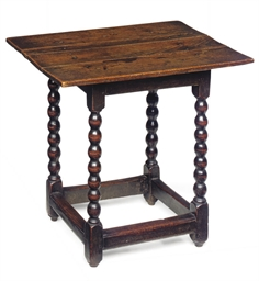 A QUEEN ANNE OAK TABLE