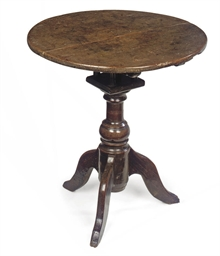 A QUEEN ANNE OAK TRIPOD TABLE