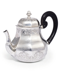 A SMALL GERMAN SILVER TEAPOT O