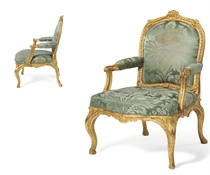A PAIR OF GEORGE III GILTWOOD OPEN ARMCHAIRS