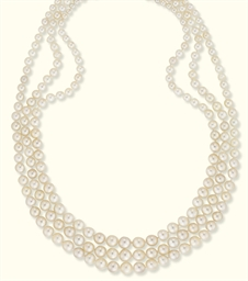 A THREE-STRAND NATURAL PEARL N