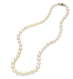 A SINGLE-STRAND PEARL, DIAMOND