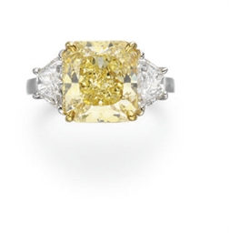 A COLORED DIAMOND RING, BY TIF