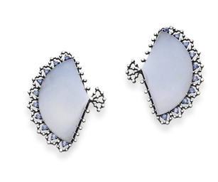 A PAIR OF CHALCEDONY, DIAMOND