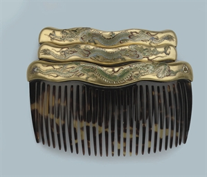 A SET OF ENAMELLED HAIRCOMBS,