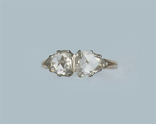 AN ANTIQUE ROSE-CUT DIAMOND RI