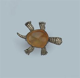 AN OPAL AND DIAMOND TURTLE RIN