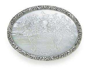 A GEORGE IV SILVER AND MOTHER-
