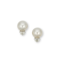 A PAIR OF CULTURED PEARL EAR S