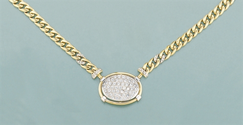 A diamond set necklace