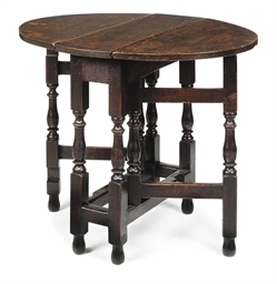 A QUEEN ANNE OAK GATELEG TABLE