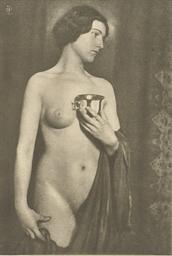 GERMAINE KRULL, W. von DEBSCHI