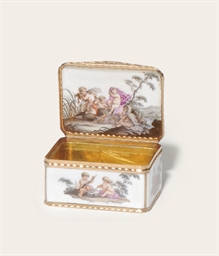 A MEISSEN PORCELAIN RECTANGULA