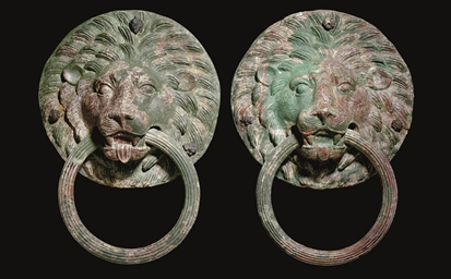 A PAIR OF ROMAN BRONZE LION HA