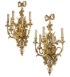 A PAIR OF GILT-BRONZE FIVE-LIG