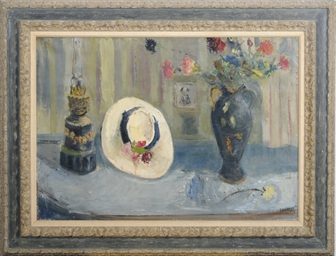 Still life of a bonnet and a v