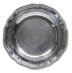 A PAIR OF GEORGE III SOUP PLAT