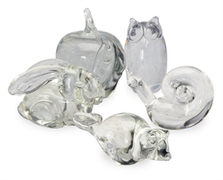 A GROUP OF FIVE AMERICAN GLASS